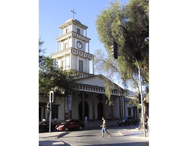 Copiapo - biserica din lemn este cea mai veche cladire din oras. Si singurul lucru de retinut de acolo :-)